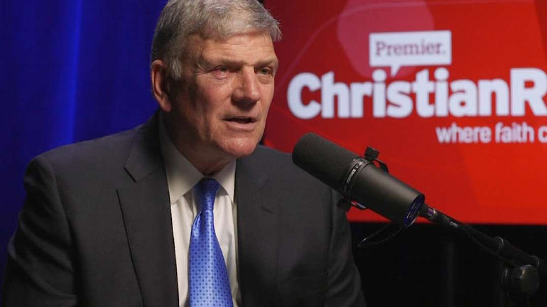 GREAT DECEPTION! Franklin Graham says, We´ll Help Vaxinate