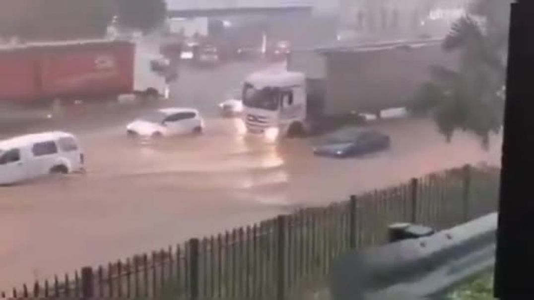Devastating flooding caused by Cyclone Eloise in Mozambique, South Africa _ Natu