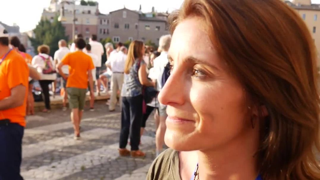 Ex pharma rep Brandy Vaughan speaks vaccine reality in a 3 minute interview from Italy - may she RIP