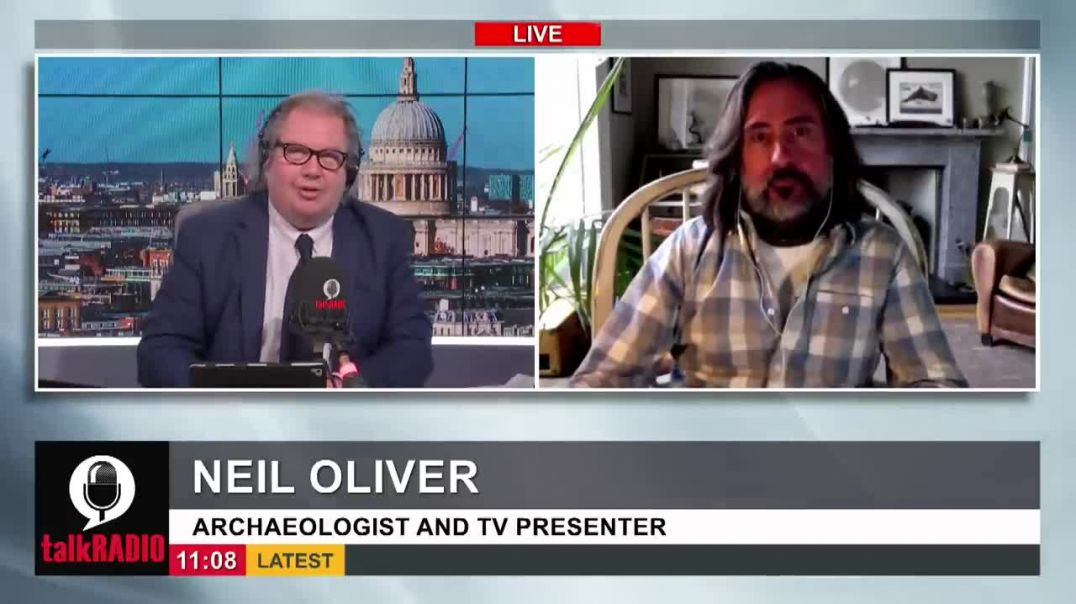 Neil Oliver Vaccine passports could create 'abusive relationship' with government